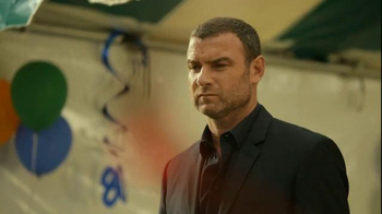 Time Warner Cable TV Spot, 'Surprise' Featuring Liev Schreiber - Thumbnail 1