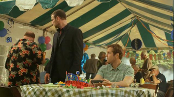 Time Warner Cable TV Spot, 'Surprise' Featuring Liev Schreiber - Thumbnail 2