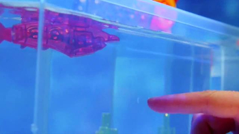Hexbug Aquabot 2.0 TV Spot, 'Rapping Shark' - Thumbnail 4