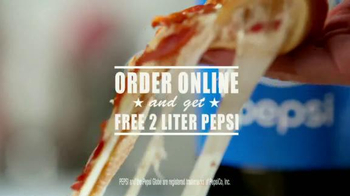 Pizza Hut Bacon Stuffed Crust TV Spot, 'Good News' Featuring Blake Shelton - Thumbnail 10