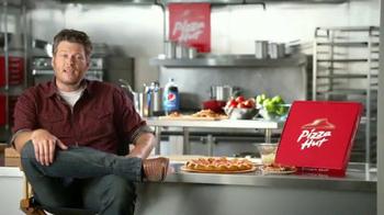 Pizza Hut Bacon Stuffed Crust TV Spot, 'Good News' Featuring Blake Shelton - Thumbnail 2