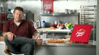 Pizza Hut Bacon Stuffed Crust TV Spot, 'Good News' Featuring Blake Shelton