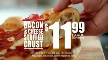 Pizza Hut Bacon Stuffed Crust TV Spot, 'Good News' Featuring Blake Shelton - Thumbnail 7