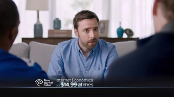 Time Warner Cable Internet Económica TV Spot Con Victor Cruz [Spanish] - Thumbnail 8