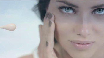 Maybelline New York Dream Wonder Foundation TV Spot [Spanish]