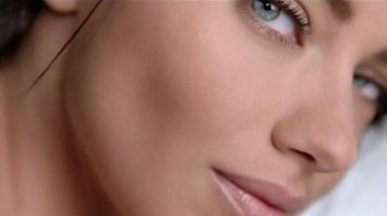 Maybelline New York Dream Wonder Foundation TV Spot [Spanish] - Thumbnail 7