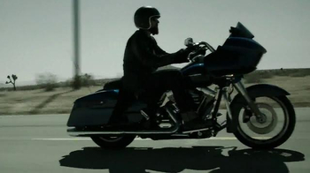 Harley-Davidson TV Spot, 'Living Off Straight & Narrow' - Thumbnail 4