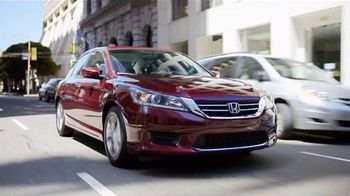 Honda Accord Clearance Event TV Spot, 'More Features: 2014 Accord' - Thumbnail 2