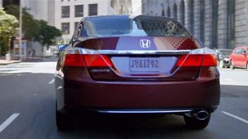 Honda Accord Clearance Event TV Spot, 'More Features: 2014 Accord' - Thumbnail 3