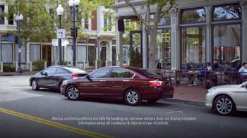Honda Accord Clearance Event TV Spot, 'More Features: 2014 Accord' - Thumbnail 5