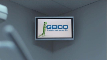 GEICO TV Spot, 'Did You Know: Ickey Shuffle' Featuring Ickey Woods - Thumbnail 2