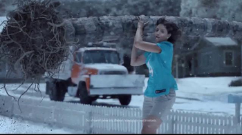 DIRECTV NFL Sunday Ticket TV Spot, 'Tree' - Thumbnail 3