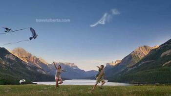 Travel Alberta TV Spot, 'Catch the Wind at Waterton Lakes National Park' - Thumbnail 9