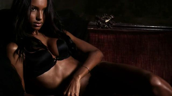 Victoria's Secret Fearless Collection TV Spot, 'Victoria's Secret Fearless' - Thumbnail 3