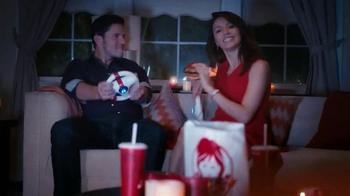 Wendy's Smoked Gouda Chicken TV Spot, 'Noche Romantica' [Spanish] - Thumbnail 7