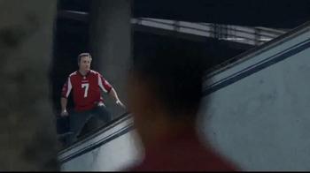 DIRECTV NFL Sunday Ticket TV Spot, 'Truck' - Thumbnail 7