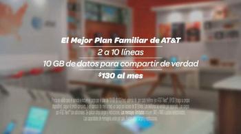 AT&T Plan Familiar TV Spot, 'Línea' [Spanish] - Thumbnail 10
