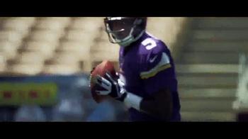 Panini TV Spot, 'NFL Stories' - Thumbnail 3