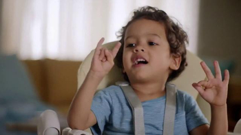 Pampers Swaddlers TV Spot, 'Moments of Love' - Thumbnail 4
