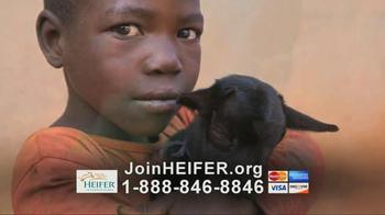 Heifer International TV Spot, 'What Hunger Looks Like' Feat. Susan Sarandon - Thumbnail 7