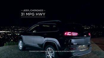 2014 Jeep Cherokee TV Spot, 'Celebration Event' Song by Michael Jackson - Thumbnail 4