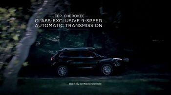 2014 Jeep Cherokee TV Spot, 'Celebration Event' Song by Michael Jackson - Thumbnail 5