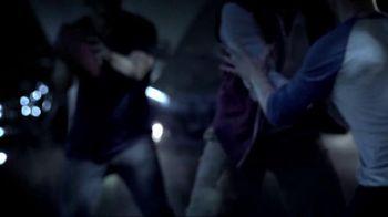 2014 Jeep Cherokee TV Spot, 'Celebration Event' Song by Michael Jackson - Thumbnail 6
