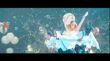 Diet Coke TV Spot, 'Car Wash' Song by Caravan Palace - Thumbnail 6