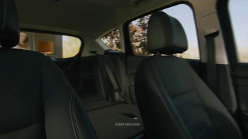Ford C-Max Hybrid TV Spot, 'Full of Life' Song by Pilote - Thumbnail 2