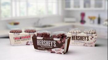 Yoplait Hershey's Mix-Ins TV Spot, 'Delicious Fun' - Thumbnail 10