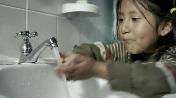 Colgate TV Spot, 'Turn off the Faucet' - Thumbnail 7