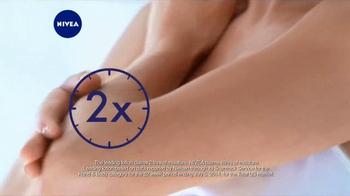 Nivea Extended Moisture TV Spot, 'Heal Your Skin All Winter' - Thumbnail 8