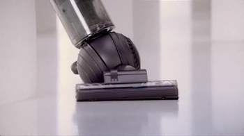 Dyson DC65 TV Spot, 'Where Can Allergens Hide?' - Thumbnail 5