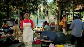 Popeyes Beer Can Chicken TV Spot, 'Barbecue Party' - Thumbnail 1