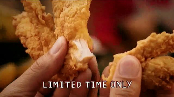 Popeyes Beer Can Chicken TV Spot, 'Barbecue Party' - Thumbnail 7