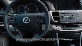 Honda Civic TV Spot, 'Gotta Love Technology' - Thumbnail 6