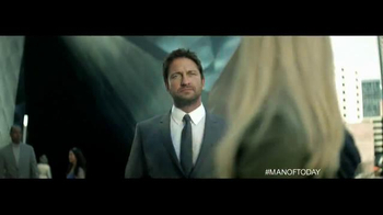 Hugo Boss Bottled TV Spot, 'Man of Today' Featuring Gerard Butler - Thumbnail 5