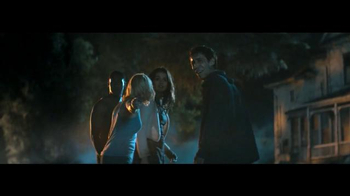 GEICO TV Spot, 'Horror Movie: It's What You Do' - Thumbnail 4