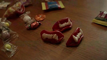 UNICEF/TAP Project TV Spot, 'Trick-or-Treat for UNICEF: Even Sweeter' - Thumbnail 2
