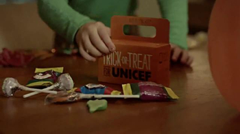 UNICEF/TAP Project TV Spot, 'Trick-or-Treat for UNICEF: Even Sweeter' - Thumbnail 3