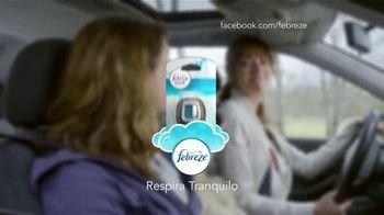 Febreze Car Vent Clips TV Spot, 'Driving Dog Odors' [Spanish] - Thumbnail 10