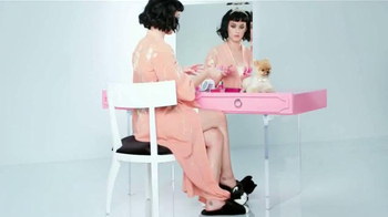 CoverGirl Ready, Set, Gorgeous TV Spot Con Katy Perry [Spanish] - Thumbnail 4