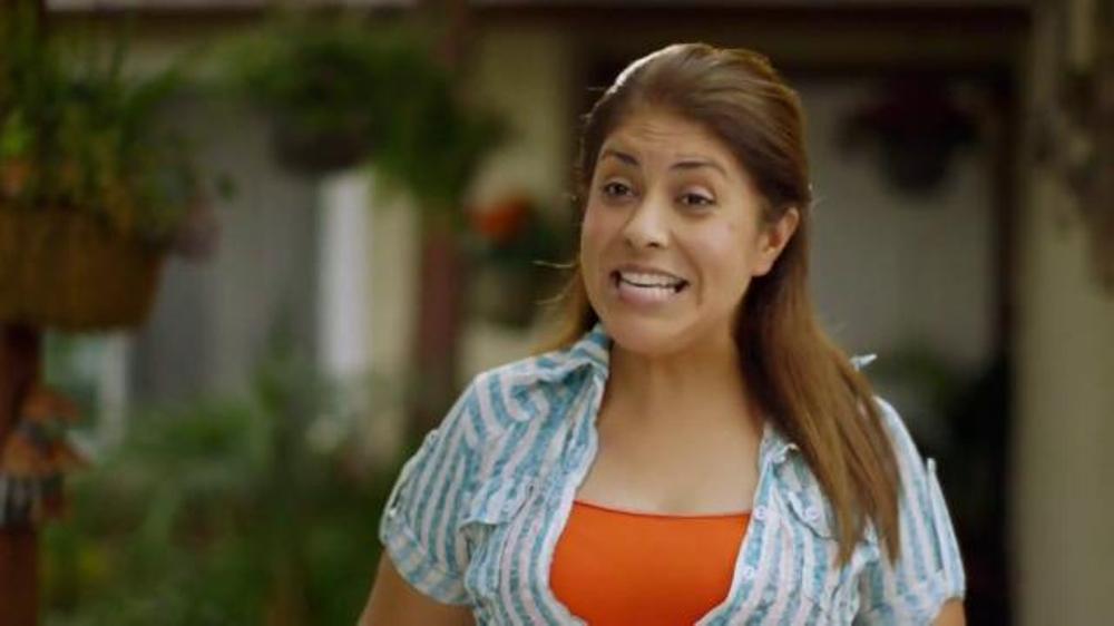 Xoom TV Commercial, 'Ayde Recomienda Xoom'
