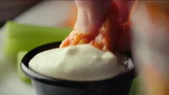 TGI Friday's Endless Appetizers TV Spot, 'Keep 'em Coming' - Thumbnail 5