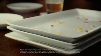 TGI Friday's Endless Appetizers TV Spot, 'Keep 'em Coming' - Thumbnail 8