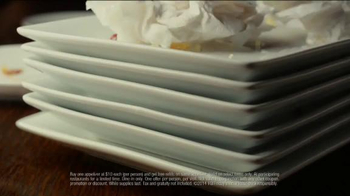 TGI Friday's Endless Appetizers TV Spot, 'Keep 'em Coming' - Thumbnail 9