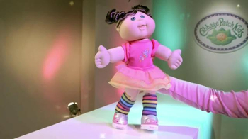 Cabbage Patch Kids Twinkle Toes Fashion Show TV Spot - Thumbnail 4