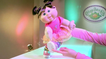 Cabbage Patch Kids Twinkle Toes Fashion Show TV Spot - Thumbnail 6