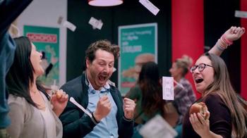 McDonald's Monopoly TV Spot, 'Celebrar' [Spanish] - Thumbnail 7