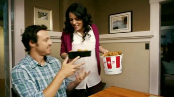 KFC Favorites Bucket TV Spot, 'Get Together' Song by The Youngbloods - Thumbnail 1